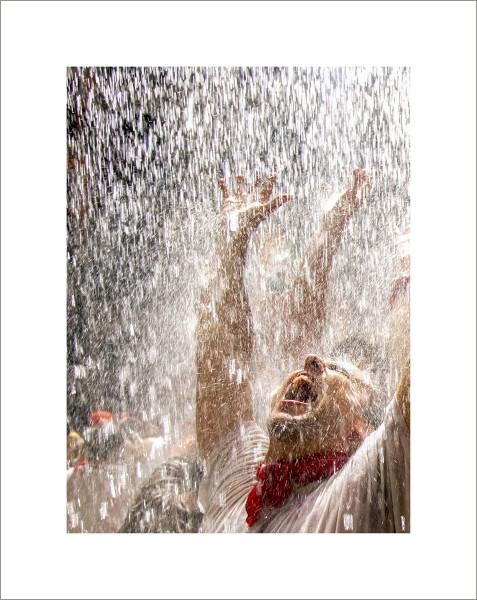 0002-San Fermín. Colgados por la Pasión