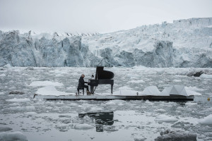 15/06/2016 Wahlenbergbreen Glacier, Svalbard, Norway Greenpeace holds a historic performance with pianist Ludovico Einaudi on the Arctic Ocean to call for its protection